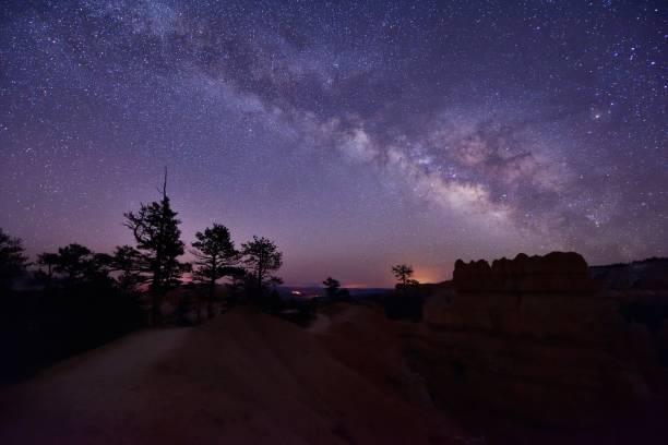 Milchstraße über Bryce Canyon, Utah, Vereinigte Staaten – Foto