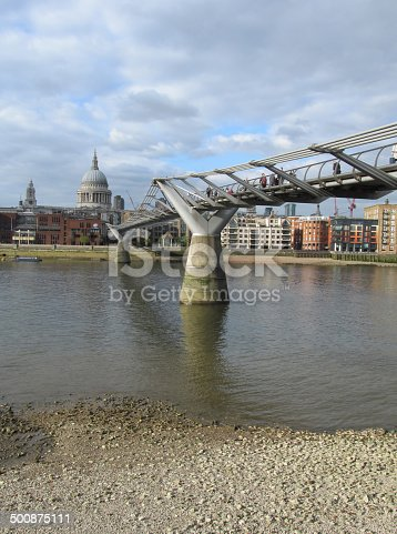 Millenium Bridge at Thames low tide