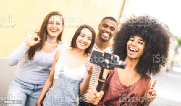 Millennial people taking video selfie with stabilized mobile phone picture id1132829371?b=1&k=6&m=1132829371&s=612x612&h=x2w b k0t5ixyitobuofl0 j7ml2 b8blkw6c4zl7xo=