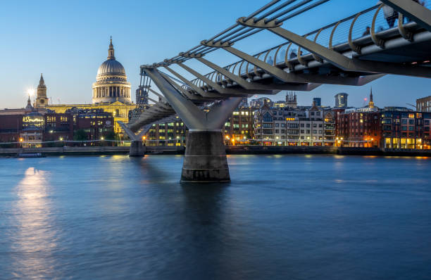 Millennium Bridge, London - foto stock