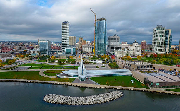 Milwaukee lakeshore skyline The skyscrapers of Milwaukee take off towards the clouds on this beautiful fall day in October. milwaukee wisconsin stock pictures, royalty-free photos & images