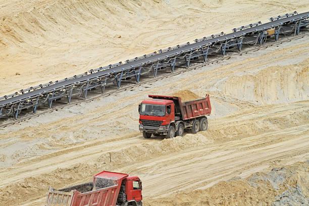 mine - tunnelkamin stock-fotos und bilder