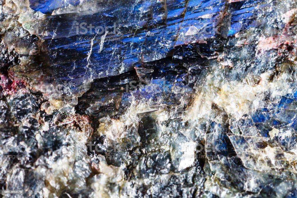 Minéraux et-Labrador. La texture de ce minéral. Macrophotographie des pierres précieuses naturelles. Le minerai brut. Résumé historique - Photo de Abstrait libre de droits