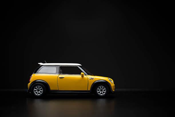 mini cooper s - wheel black background bildbanksfoton och bilder