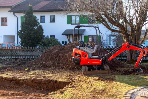 mini gräv maskiner - excavator bildbanksfoton och bilder