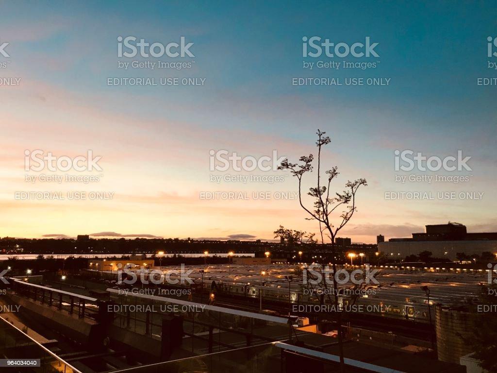 シンプルな夕日 - アメリカ合衆国のロイヤリティフリーストックフォト