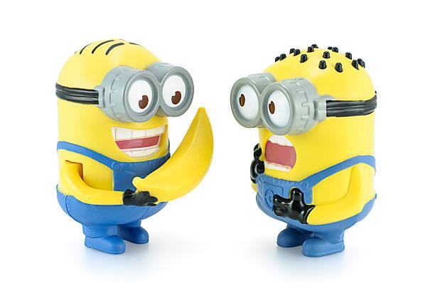 minion dave für bananen zu minion. - minion thema stock-fotos und bilder