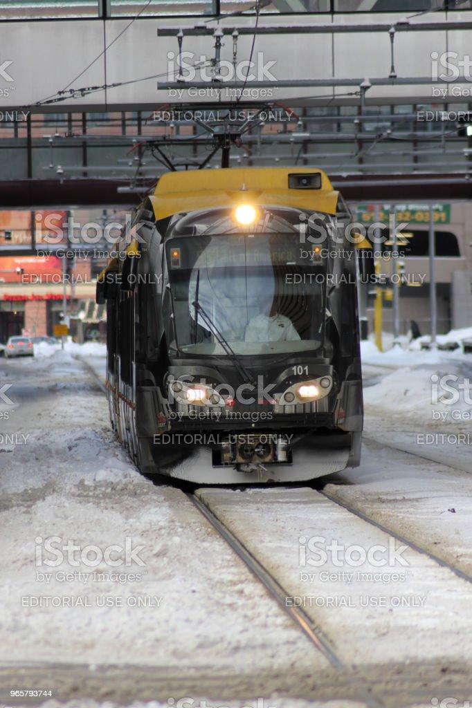Minneapolis lightrail trein in de Winter - Royalty-free 2011 Stockfoto