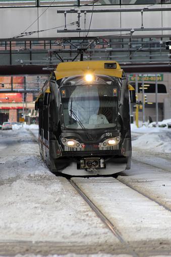 Minneapolis Lightrail Trein In De Winter Stockfoto en meer beelden van 2011