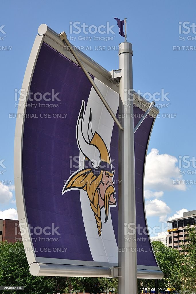 Minnesota Vikings Logo on Sail in Minneapolis - foto de stock