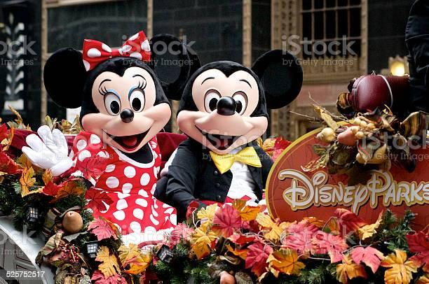 Minnie and mickey mouse ride disney parks float picture id525752517?b=1&k=6&m=525752517&s=612x612&h=o41ejmpq0odtl9wukgpdnjerzpir6ecgjaea e3ky4q=