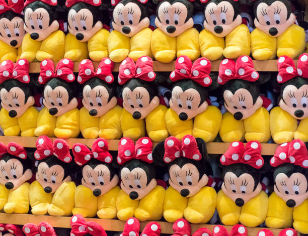 Minnie mouse plush toys picture id865498876?b=1&k=6&m=865498876&s=612x612&w=0&h=twtrhli4hpiupqk17auvg3lj2ewitygsh591hdm3  4=