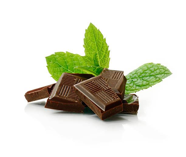 minz-schokolade - pfefferminzschokolade stock-fotos und bilder