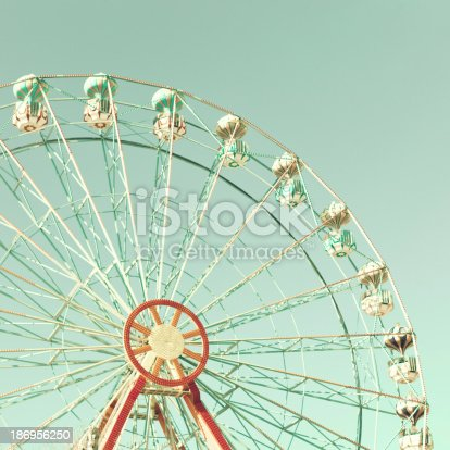 istock Mint Ferris Wheel 186956250