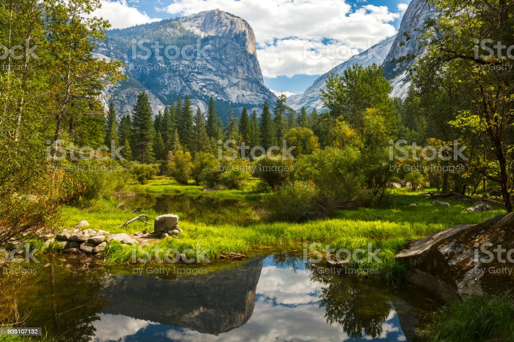 Lac Mirror, dans le parc National de Yosemite - Photo