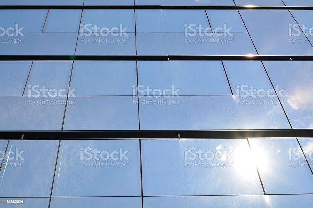 Verspiegeltes Glasfassade Stockfoto und mehr Bilder von 2015 - iStock