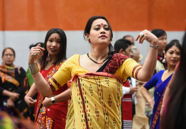 Mishing Stammesfrau während Ali-Aye-Ligang Festival – Foto