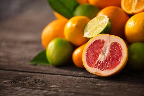 Mischung aus Zitrusfrüchten Vitamine Konzept Erfrischung gesunde Früchte – Foto