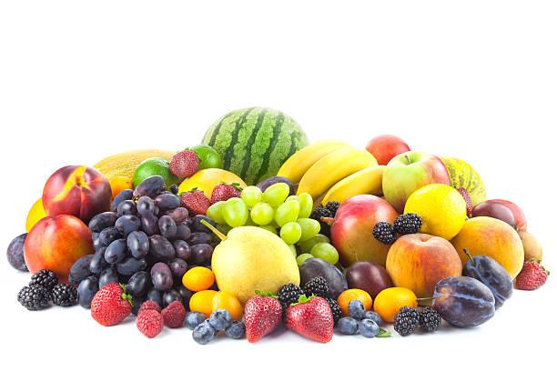 mischung aus frischen biologischen früchten isoliert auf weiss - melonenbirne stock-fotos und bilder