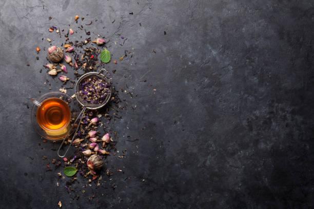 Mischung aus Kräuter- und Fruchttrockentees – Foto