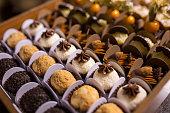 混合チョコレート ・ トリュフ - Brigadeiros