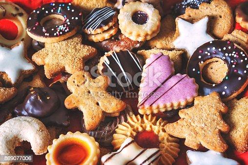 istock Mixed Christmas cookies 869077006