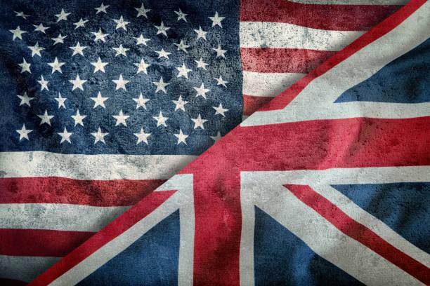 Gemischten Flaggen der USA und des Vereinigten Königreichs. Union Jack-Flagge. Flaggen der USA und des Vereinigten Königreichs diagonal geteilt. – Foto