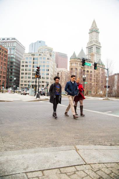 Gemengde groep mensen in Boston foto