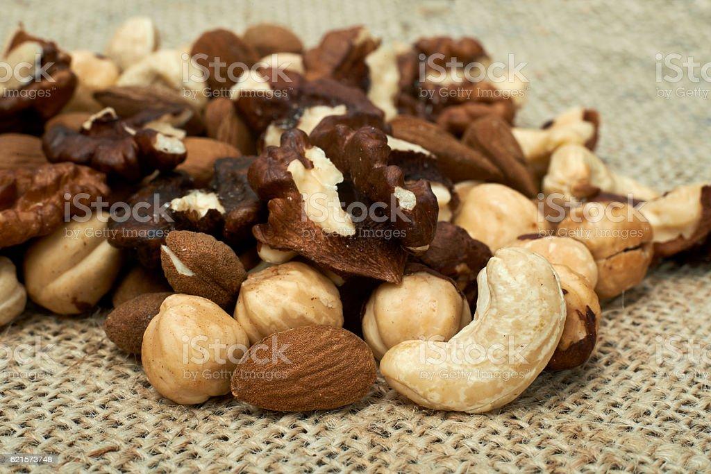 Mélange de noix.   photo libre de droits