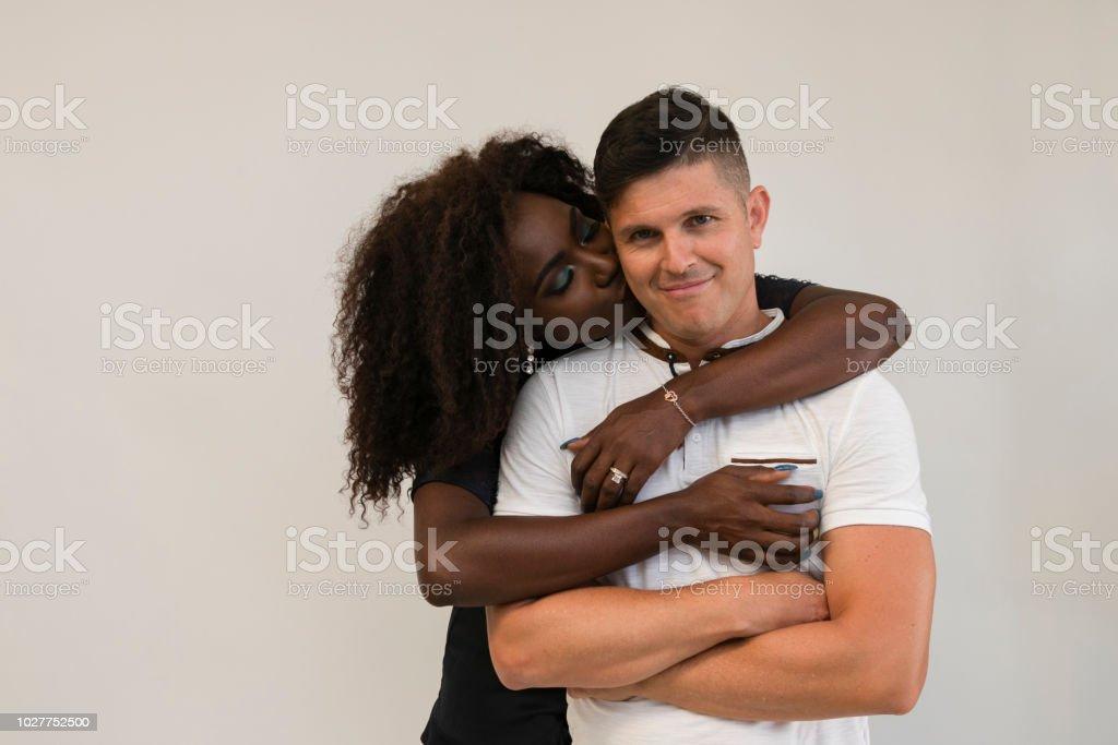 blandad race dating