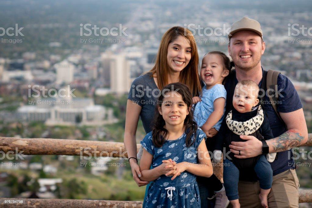 Wieviel Geld Braucht Eine 5 Köpfige Familie