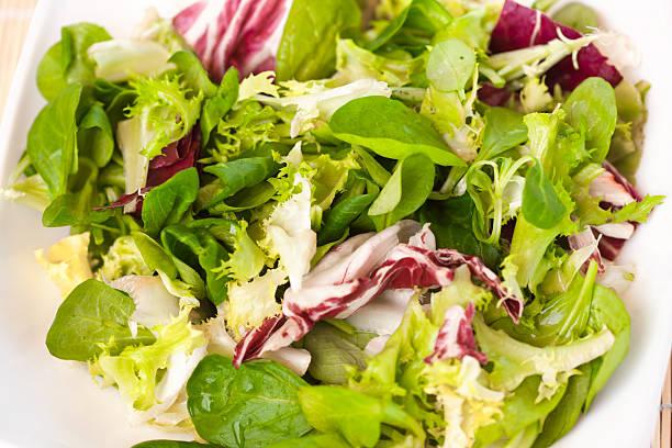 gemischter salat blätter - ägäische inseln stock-fotos und bilder