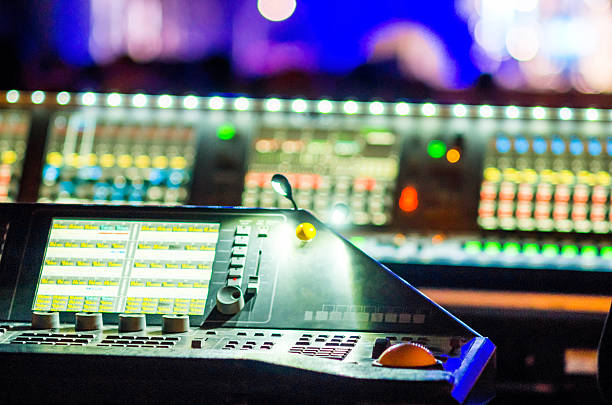 mixer table music concert bokeh live illuminated - dramatisches theater stock-fotos und bilder