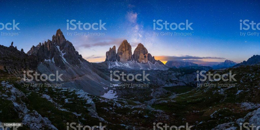 Mliky Weg über den Tre Cime, Berg der Alpen, Dolomiten, Italien – Foto