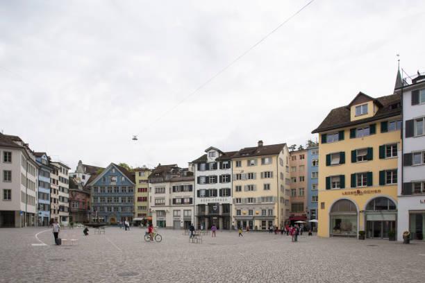münsterhof in zürich - zurigo foto e immagini stock