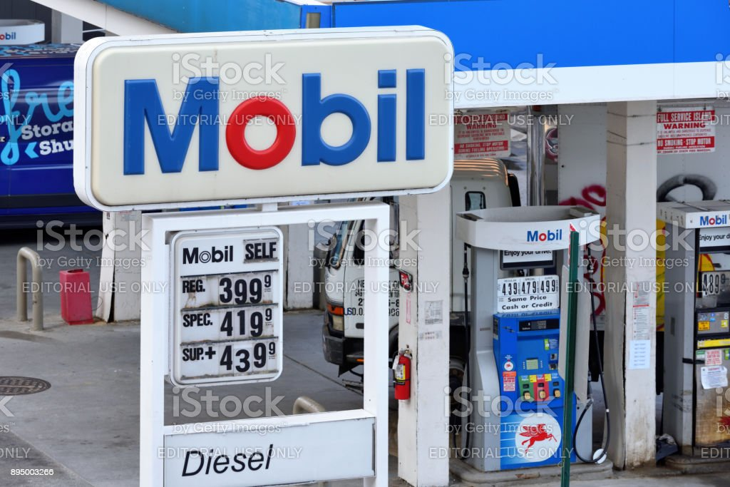 Mobil Gas Station With Gas Prices In Manhattan Stock Photo
