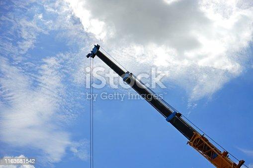 Construction Machinery, Mobile Crane, Truck, Pick-up Truck, Mechanical Grabber