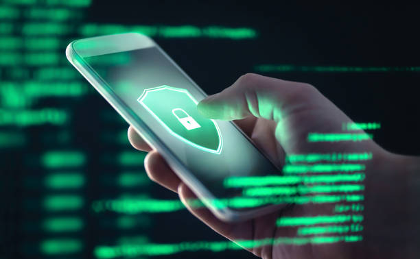 mobile phone personal data and cyber security threat concept. cellphone fraud. smartphone hacked with illegal spyware, ransomware or trojan software. hacker doing online scam. - sob proteção imagens e fotografias de stock