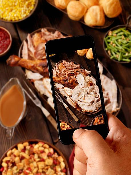 mobile fotografie der türkei abendessen - esszimmer buffet stock-fotos und bilder