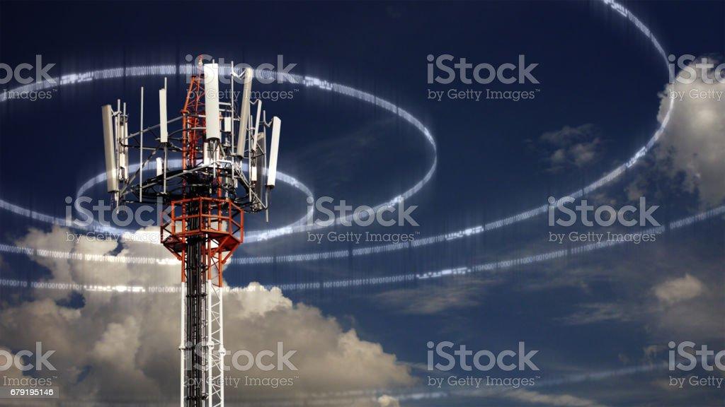 Tour de télécommunication mobile photo libre de droits