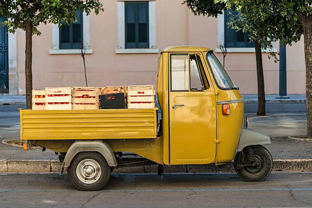 Pomodoro Mobile store in Italia - foto stock