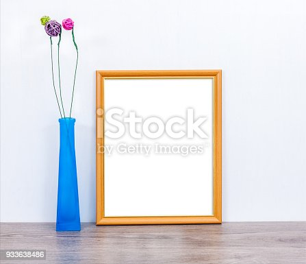 istock Mocap 8x10 with a blue vase 933638486