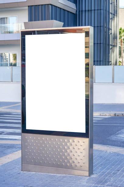Mock up. Leere Plakatwände im Freien, Außenwerbung, öffentliche Informationstafel in der Stadt. – Foto