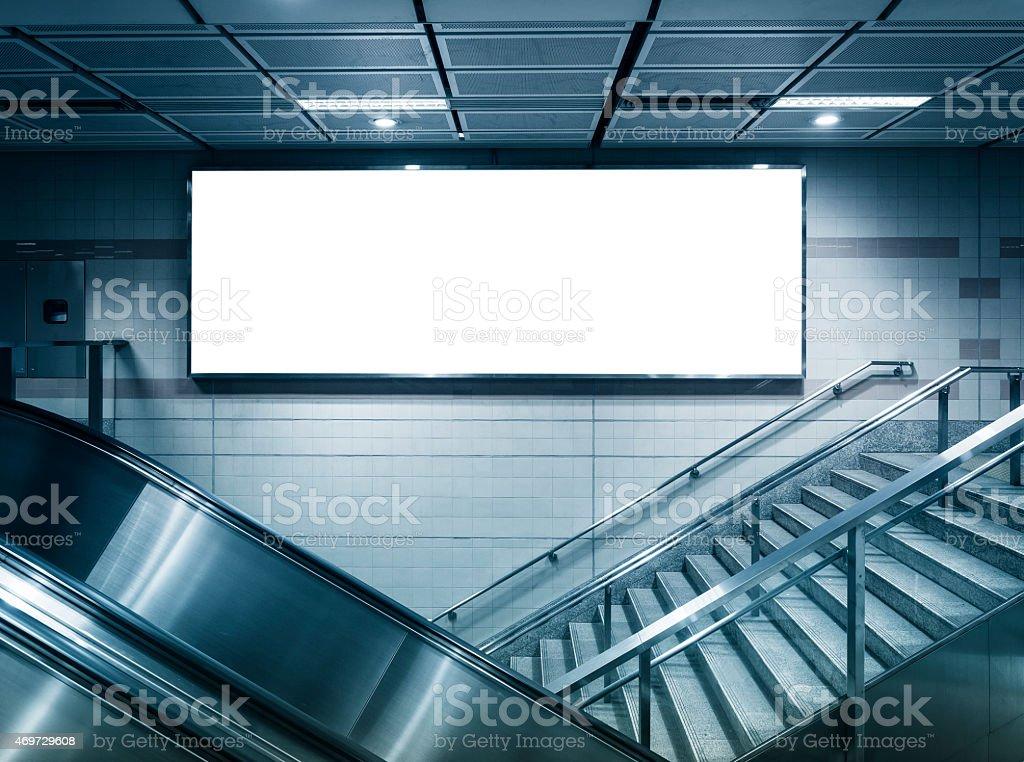 Finestre verticali e illuminazione naturale imprese edili
