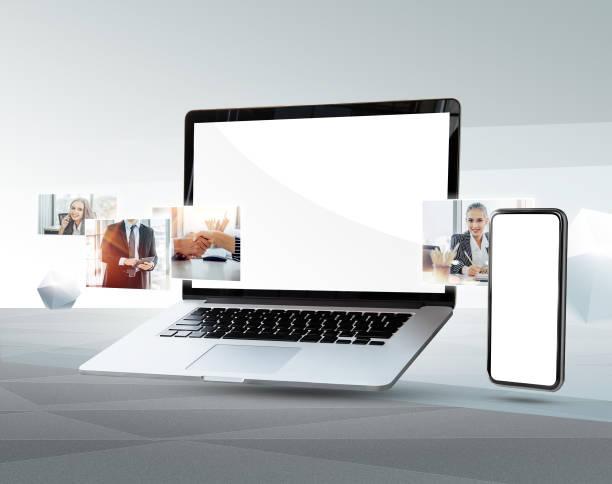 mock up portátil y teléfono móvil - website design fotografías e imágenes de stock