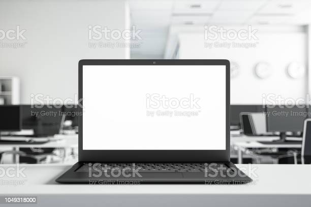 Mock up laptop screen at the office picture id1049318000?b=1&k=6&m=1049318000&s=612x612&h=2o2lgy 5tsloocfnppdgkbp1ovft78tslzsmlnqysji=
