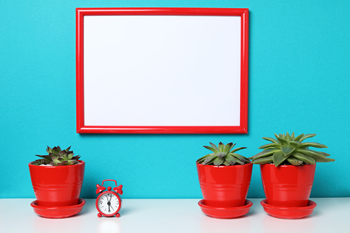 518847146 istock photo Mock up poster in the interior. 957732964