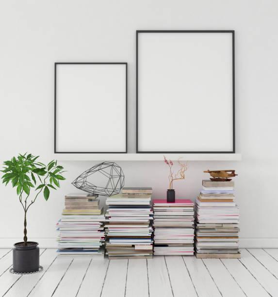 mock-up poster auf regal mit haufen von zeitschriften und pflanze - zeitschrift wandkunst stock-fotos und bilder
