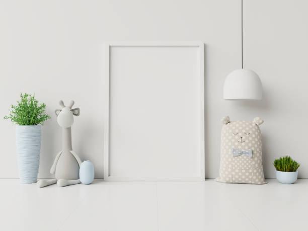 mock-up posters in kinderkamer interieur. - background baby stockfoto's en -beelden