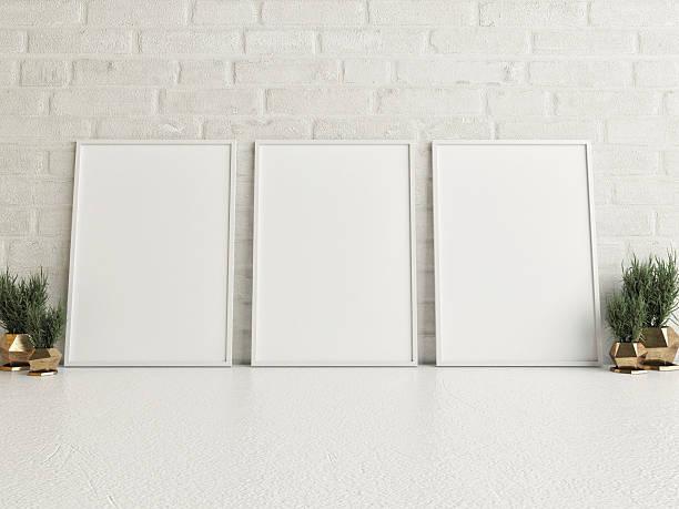 mock up posters on white floor - três objetos - fotografias e filmes do acervo